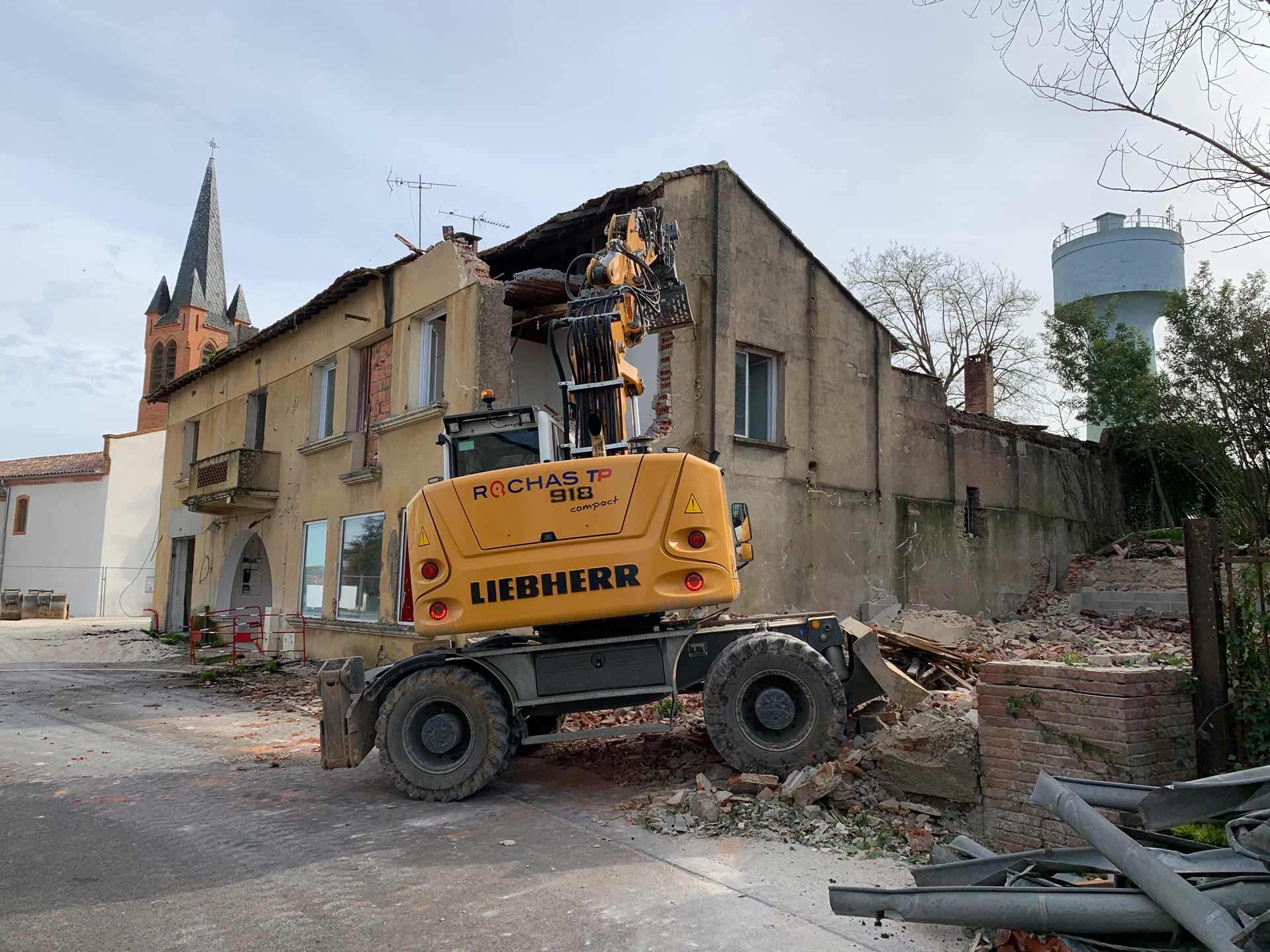 Chantier de démolition d'un bâtiment Montauban.